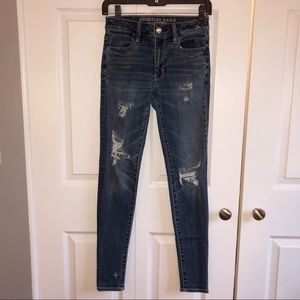 American Eagle high rise distressed jegging